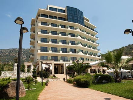 Rapos Resort Himara